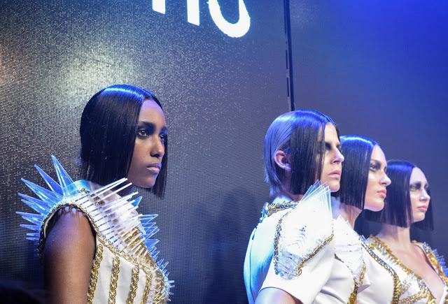 Make Up Store Beauty Show SS 16 - MONO