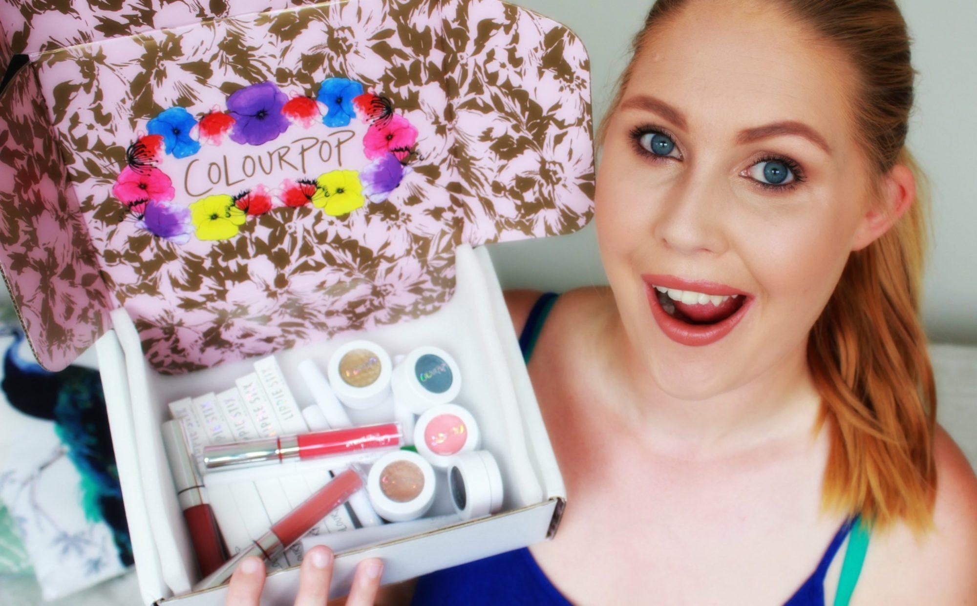 Öppna paket från Colourpop med mig!!