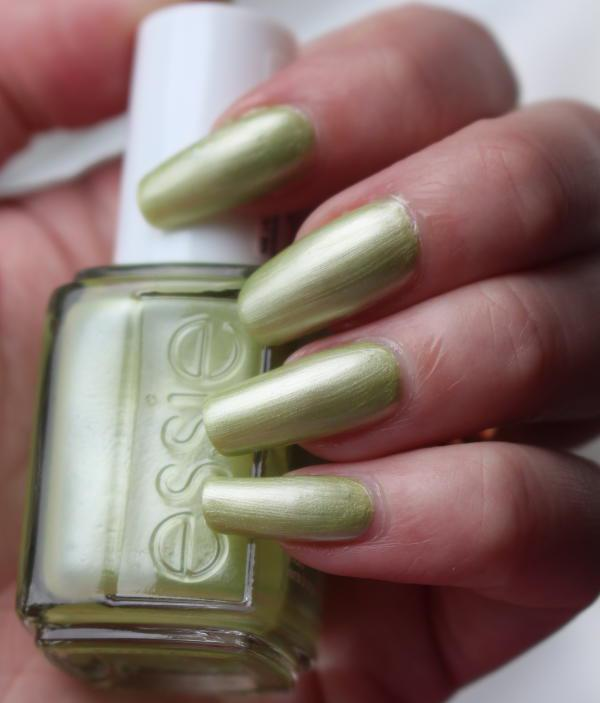 Essie Tropical lights