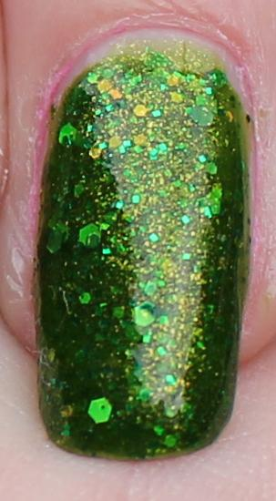 Black Cat Lacquer Poison Ivy