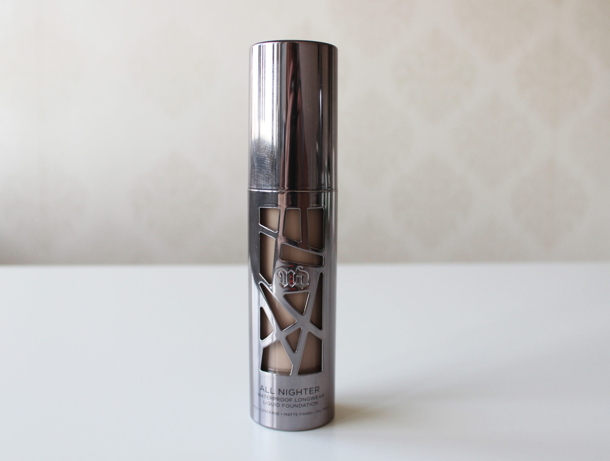 Recension: Urban Decay All Nighter Liquid Foundation