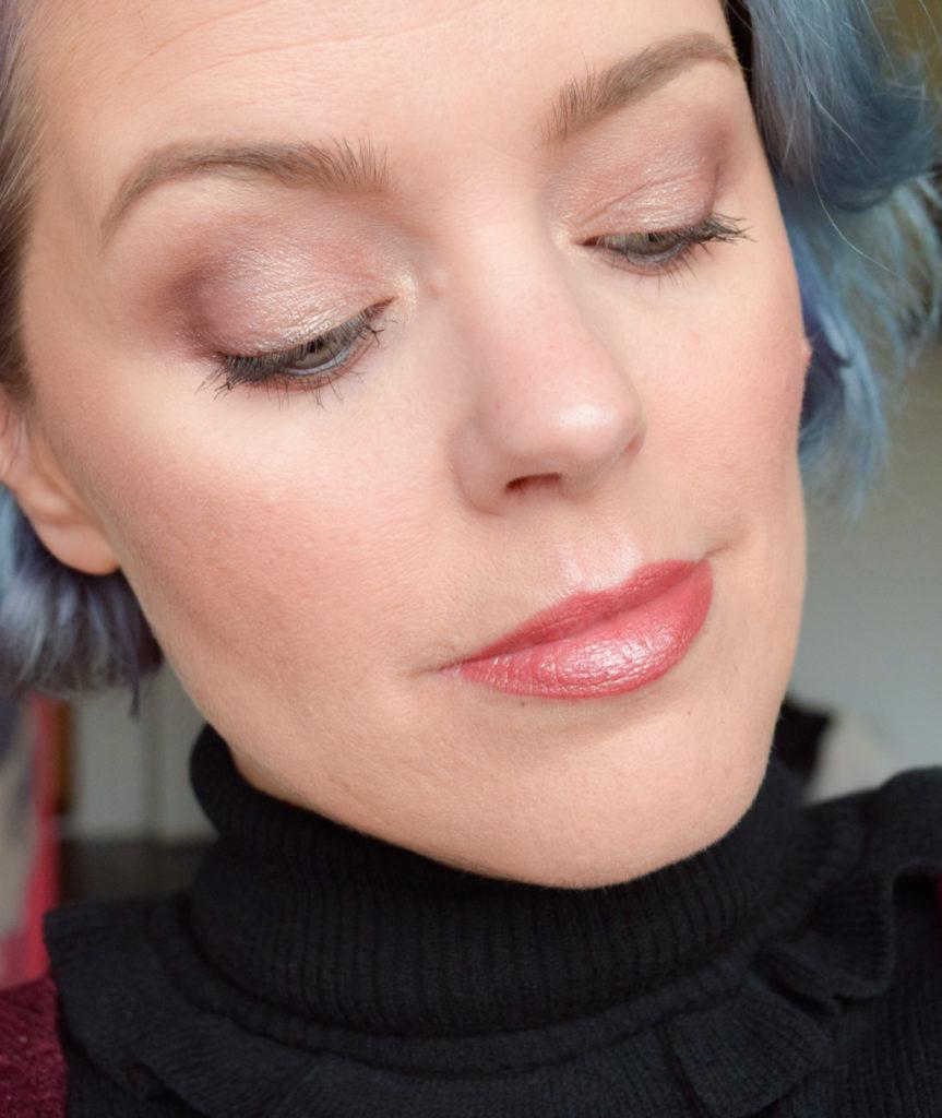 Ultra Glossy Lip Tight Fit