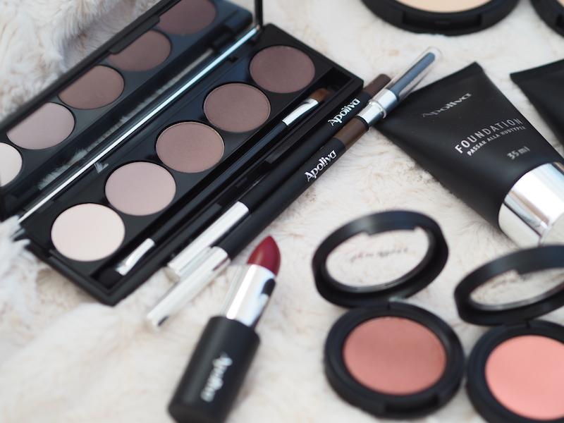 Apoliva makeup