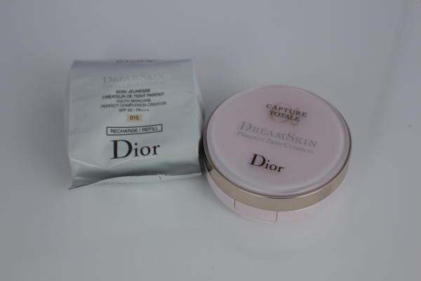 Dreamskin Perfect Skin Cushion