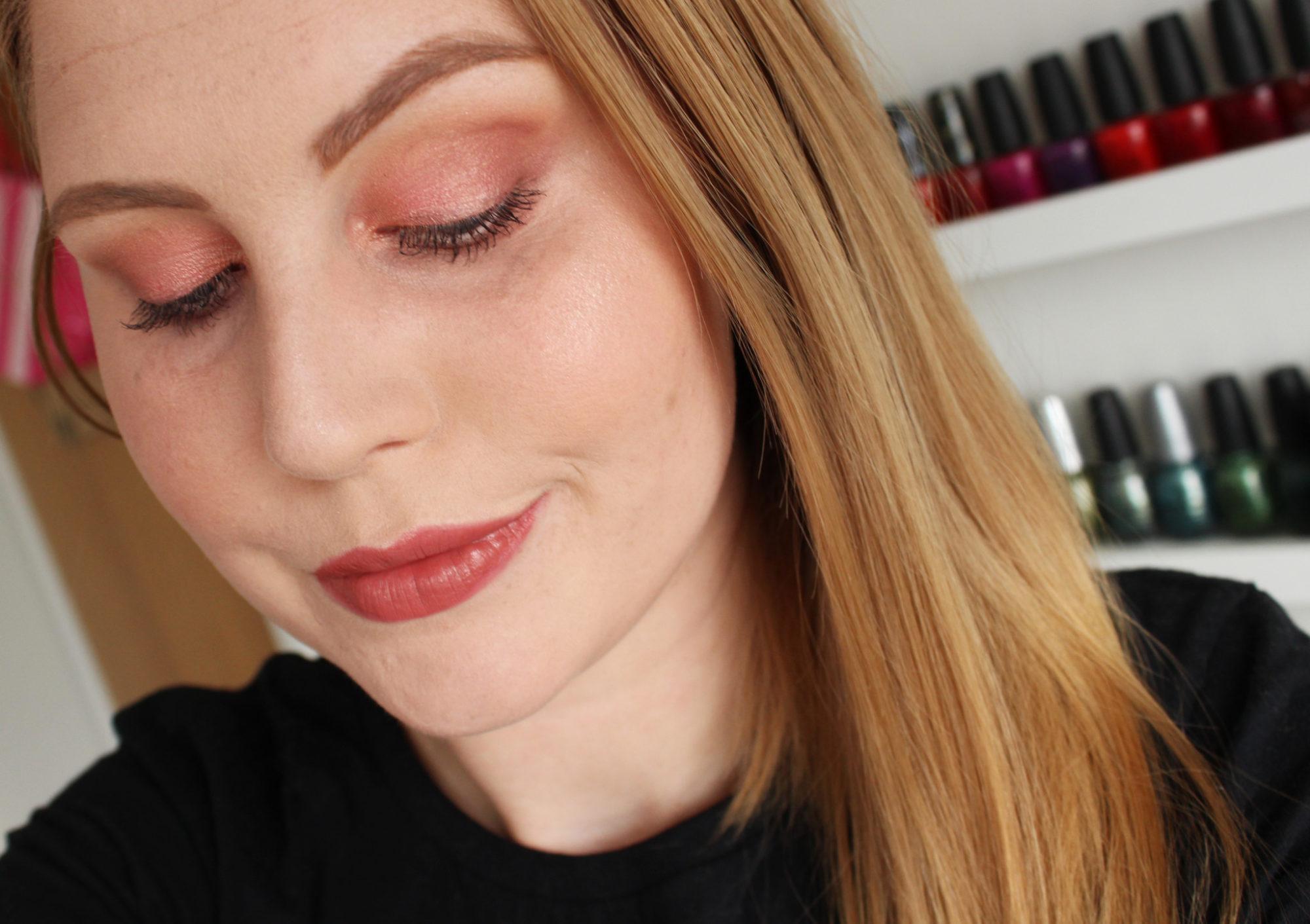 Sminkning med BH Cosmetics Galaxy Chic Eyeshadow Palette