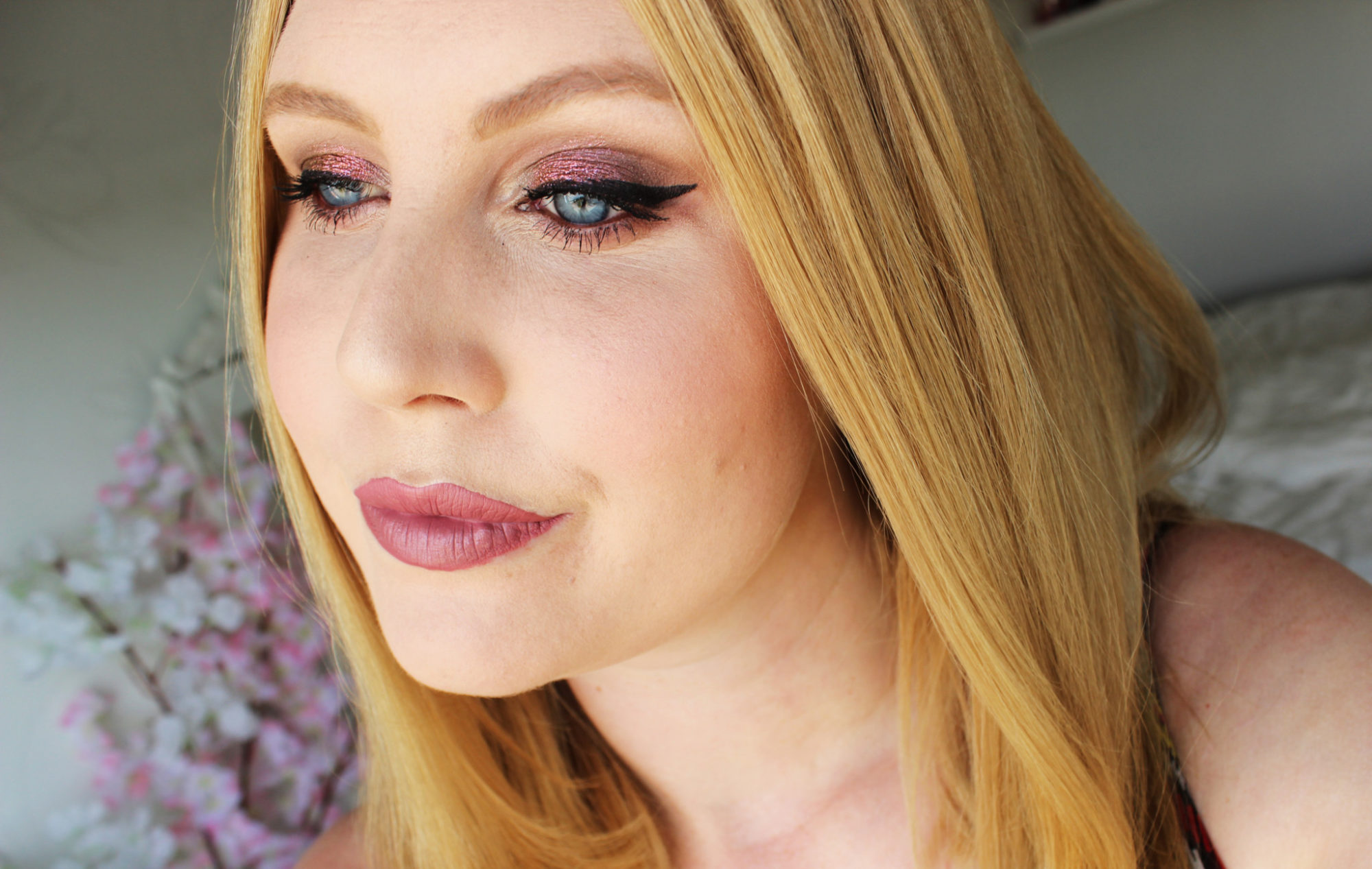 Sminkning med Colourpop, Inglot och Too Faced