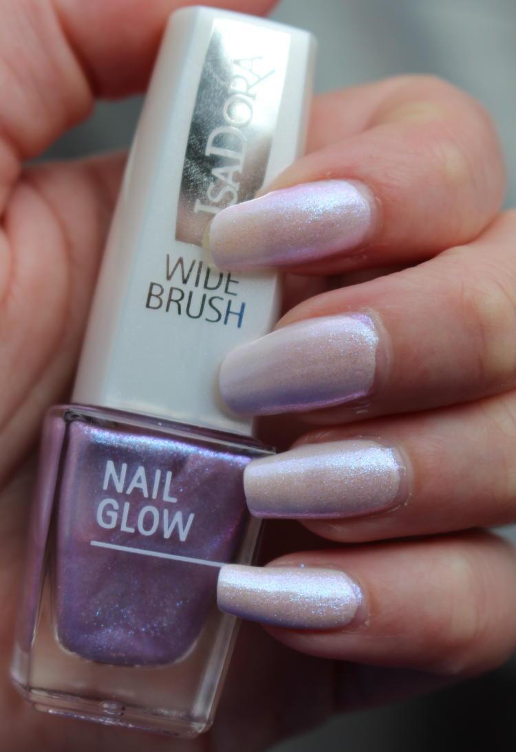 IsaDora Nail Glow