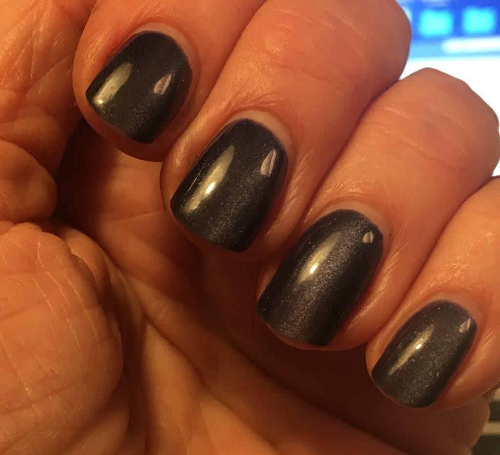 starkare naglar