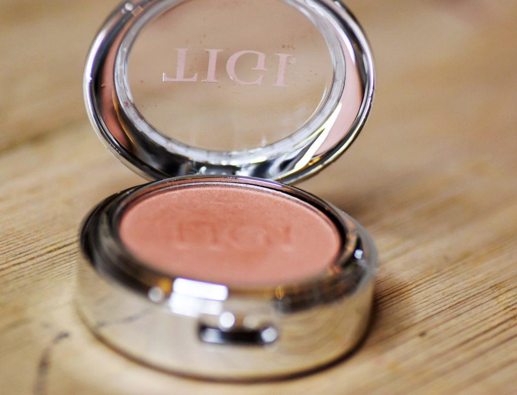 TIGI Cosmetics High-Density Eyeshadow True Natural