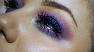 blått och lila