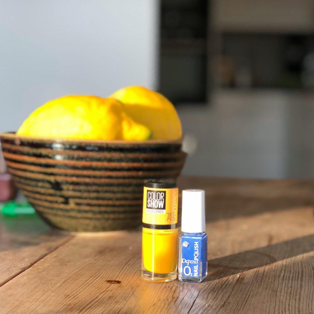 Färgkombinationer gul och blå Maybelline Color Show Electric Yellow Depend nr 443