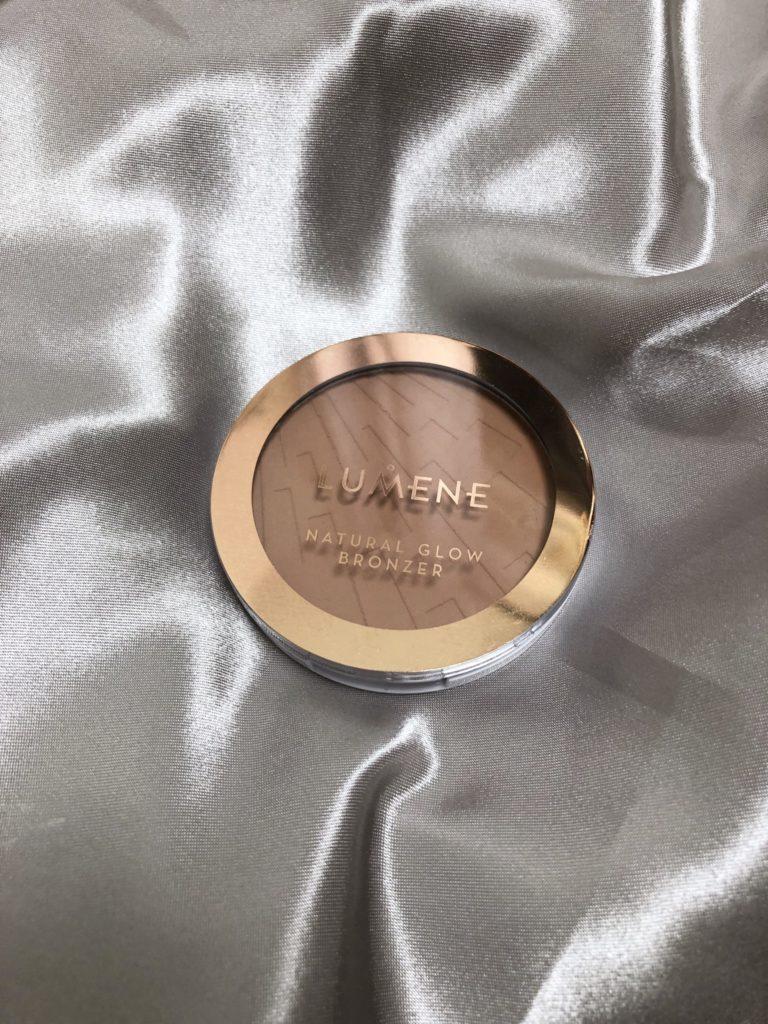 Bronzer för ljusa hudtoner