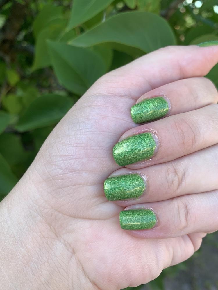 Grace-full Nail polish Little green one