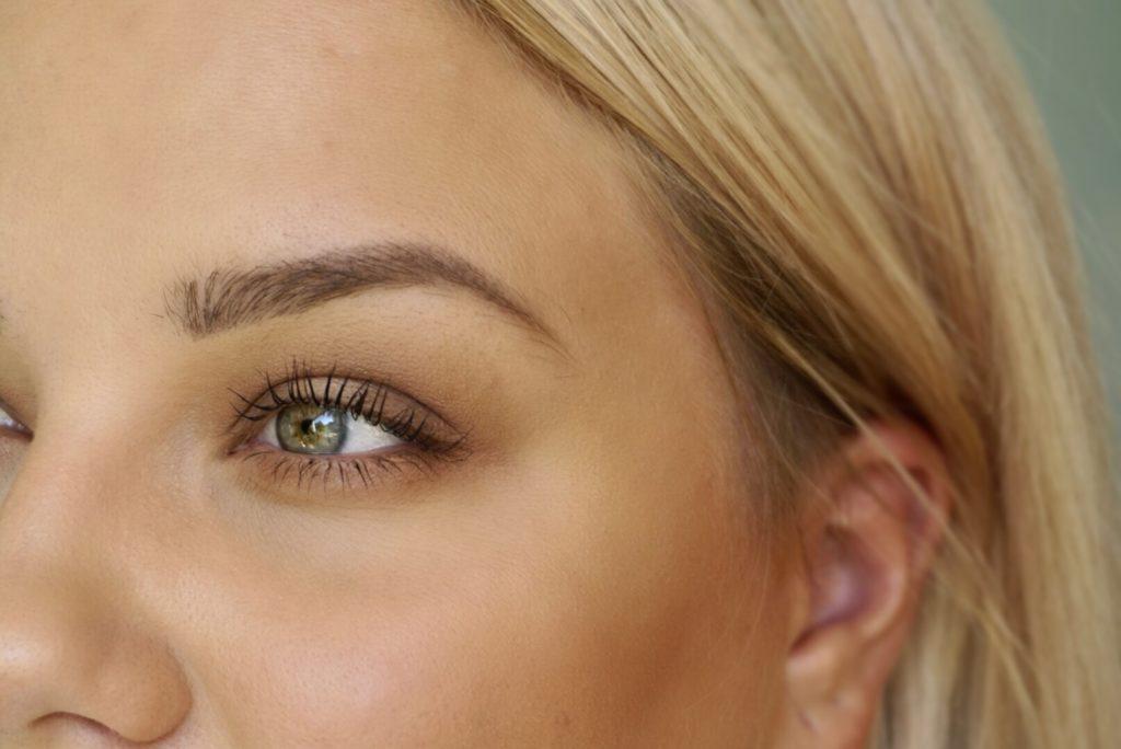 soft brunt halo eye
