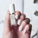 Stilrena naglar