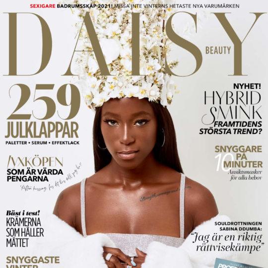 Daisy Beauty nr 6/2020, omslag med Sabina Ddumba