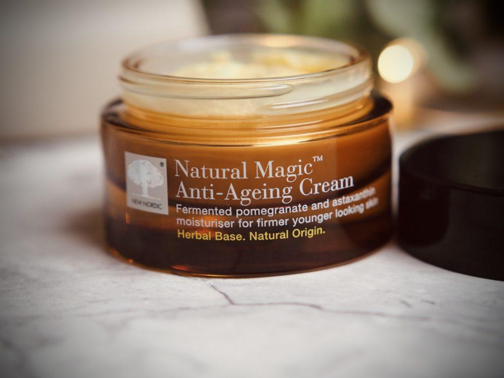 Natural Magic Anti-ageing cream